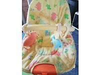 Baby vibrating bouncer chair