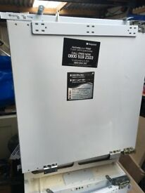 Hotpoint undercounter integrated fridge