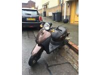 Sinnis 50cc scooter 2013 £399!
