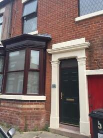 3 bed terraced house for rent in Preston