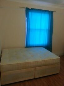Nice q bed room flat available in Forest Hill close to the Station