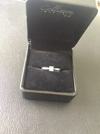 Beautiful square solitaire engagement ring, 18c white gold with a quarter carat diamond
