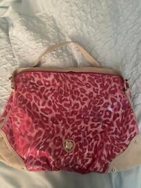 Suzy smith hand bag
