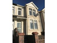 Large 3 bed to let - Upper Wyndham Terrace, Risca