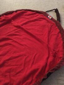Back shoulder bag/playmat