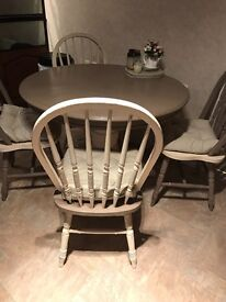 Shabby chic farmhouse round table and four chairs