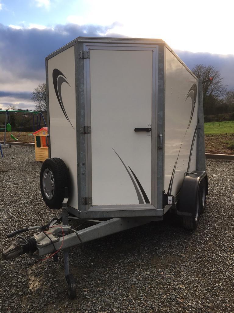 Ifor Williams 8x5 Boxvan trailer
