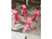 Set of 4 two ton axle stands never used
