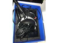 Sony Vr headset camera 3 games in excellent condition and boxed used 6 times