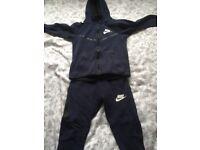 Boys Nike tracksuit like new