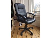 Staples UK black padded office swivel chair, Excellent condition, £50 ONO collect frm Edinburgh EH10