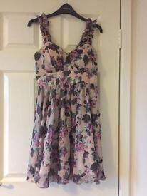 Floral quiz dress Size 12