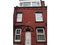 3 bedroom house in Armley