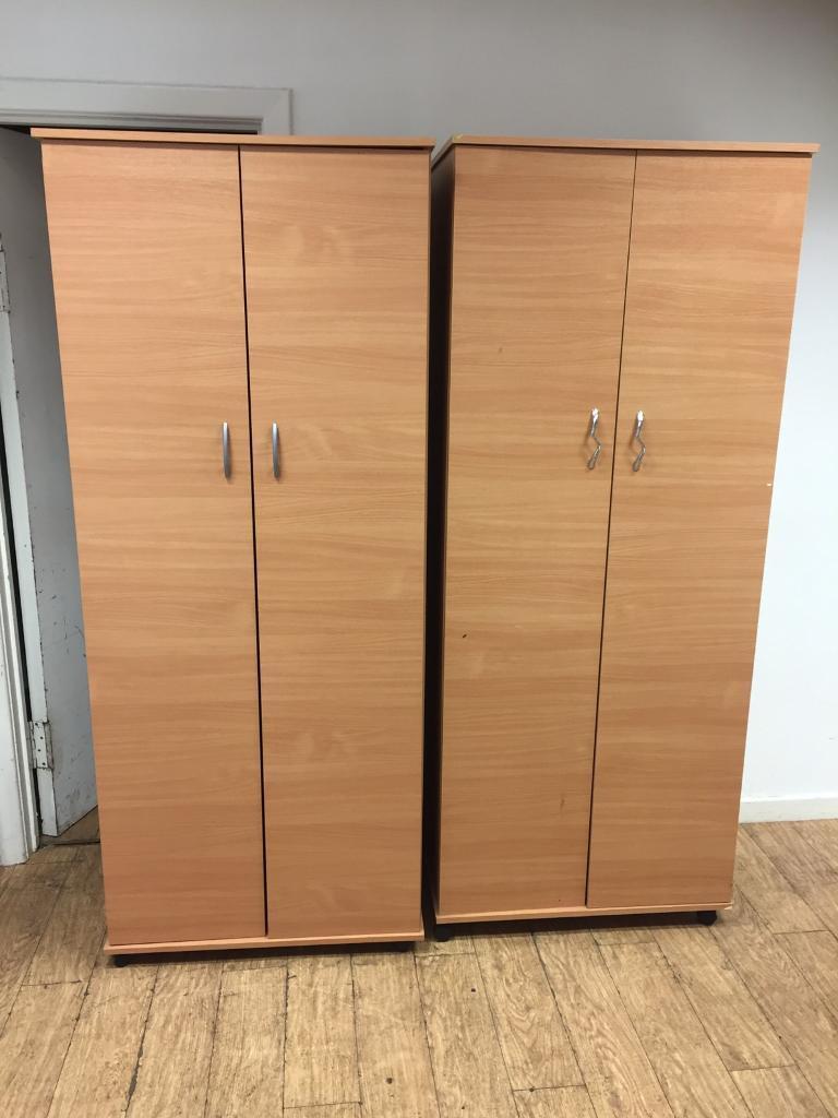 2x double door wardrobes £40 each