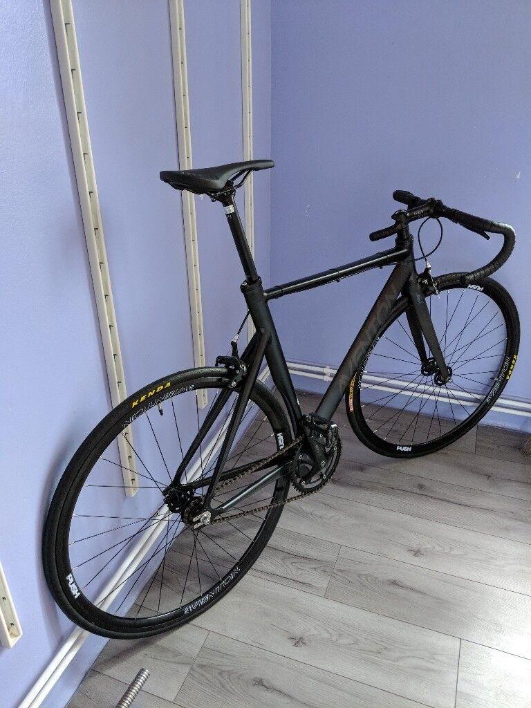 Aventon mataro Bike 55cm   in Hackney, London   Gumtree