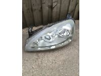 Corsa c sxi 2005 passenger side projection headlight X11 in good working order 07594145438