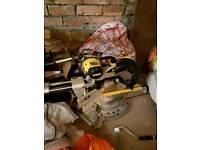 Dewalt sliding compound mitre saw