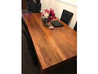 Dakota dining table 175 cm, one year old, good condition. Sale due to moving house