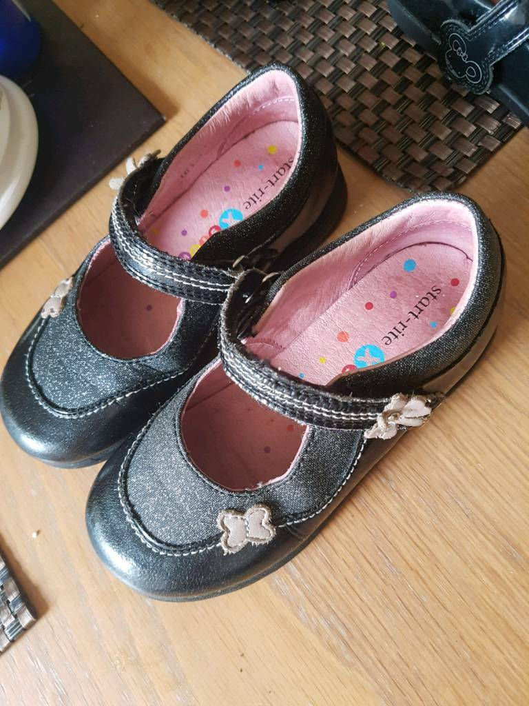 Clarks school shoes 8f