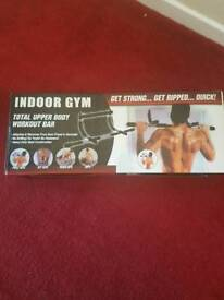 Pull up bar, indoor gym, brand new £10 ono