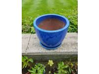 Lovely ceramic large plant pot with own saucer