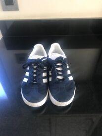 Adidas gazelle navy blue size 3 trainers