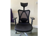 SIHOO Office Desk Chair - Adjustable Headrest and Lumbar Support (Black) - Excellent Condition