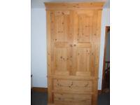 Large pine wardrobe *reduced*