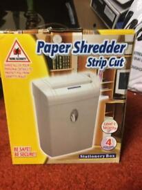 Paper shredder - Small