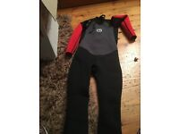 Boys size 13 years hot tuna wetsuit worn once