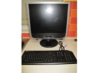 "19"" HannsG Computer Monitor, ROTATABLE and HEIGHT ADJUSTABLE"