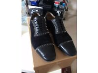 Christian Louboutin - Mr Blake SIZE 40 SUEDE and LEATHER Black. Miniature Silver Spikes