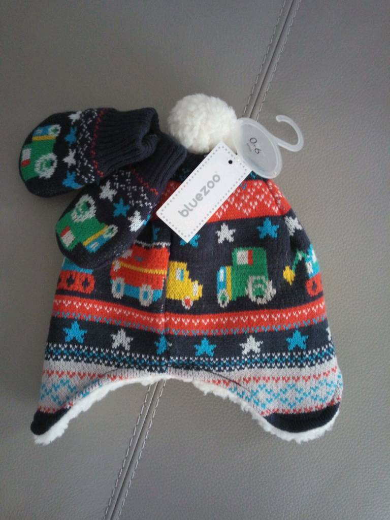 dba5ae23eeb DEBENHAMS BLUEZOO HAT AND GLOVES 0-6 MONTHS BABY BOY. BRAND NEW