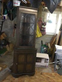 Corner display cabinet. Latrice glass