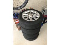 Immaculate & Genuine Audi OEM 17 inch 10 spoke alloy wheels and Pirelli 225/55/17