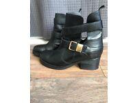 Willis London, Vegan women boots (UK size 6/Euro 39)