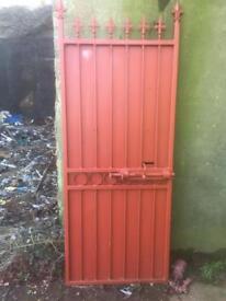 Garden security gate