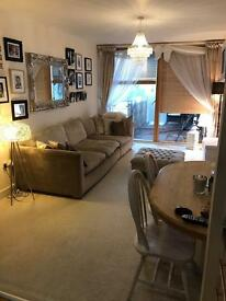 2 bed Orpington, NEED 2/3 bed house Orpington 🏡