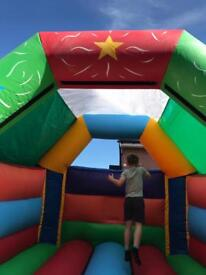 15ft x11ft Bouncy Castle with built in Bluetooth