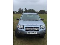 Reliable 4 X 4, ONE owner,full service history, non smoker.