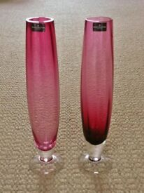 2 X Dartington Crystal Rose Tinted Pink Red Long Thin Stemmed Vases Vase Ornaments