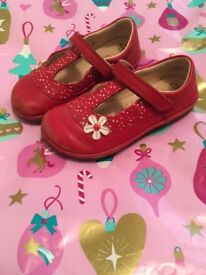 CUTE CLARKS first shoes - Red polka dot with daisy design - size 6f uk (used)