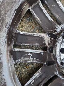 17 inch Mercedes-Benz Alloys