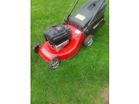 mountfield 21 inch cut self propelled petrol lawnmower