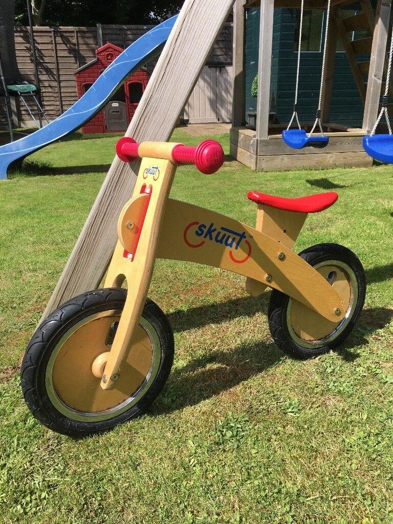 Skuut kids wooden balance bike