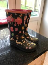 Size 12 girls joules wellies excellent
