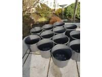 12 plant pots