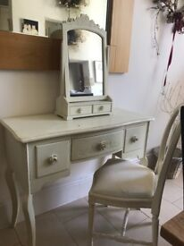 Gorgeous dressing table set for sale. Cream with rose bud drawer handles. Mirror & chair to match