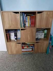 Storage unit/book shelf