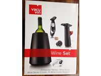 Vacu Vin Wine Set with Cooler etc. New.